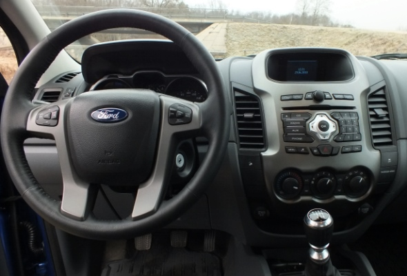 Ford Ranger vadības panelis